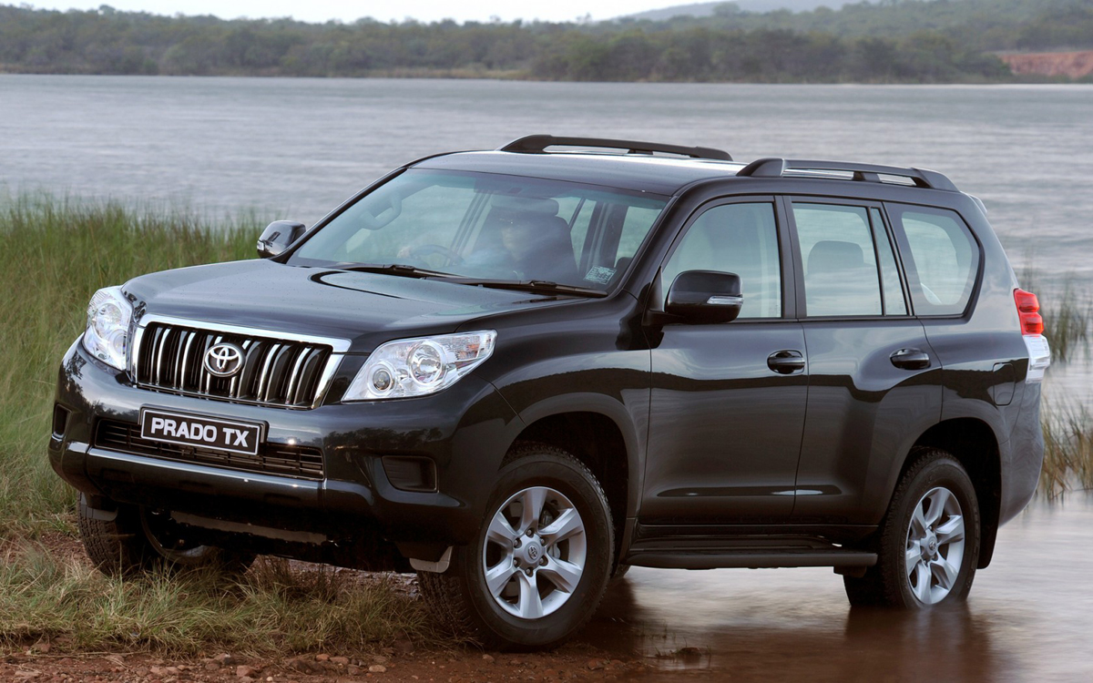 toyota land cruiser prado adventure 7 places 3 0 d. Black Bedroom Furniture Sets. Home Design Ideas