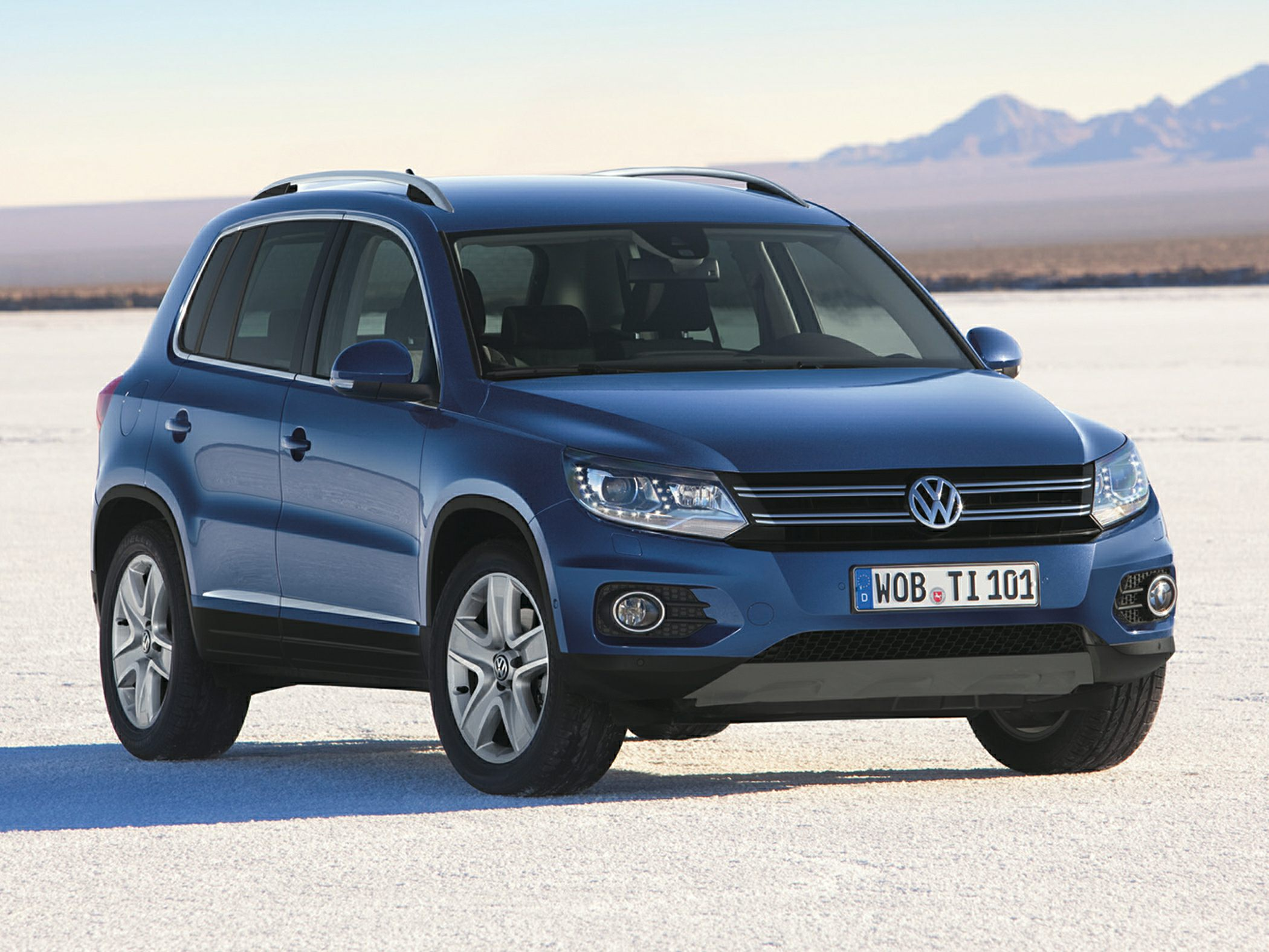 volkswagen tiguan trendline 4 2 2 0 tdi. Black Bedroom Furniture Sets. Home Design Ideas