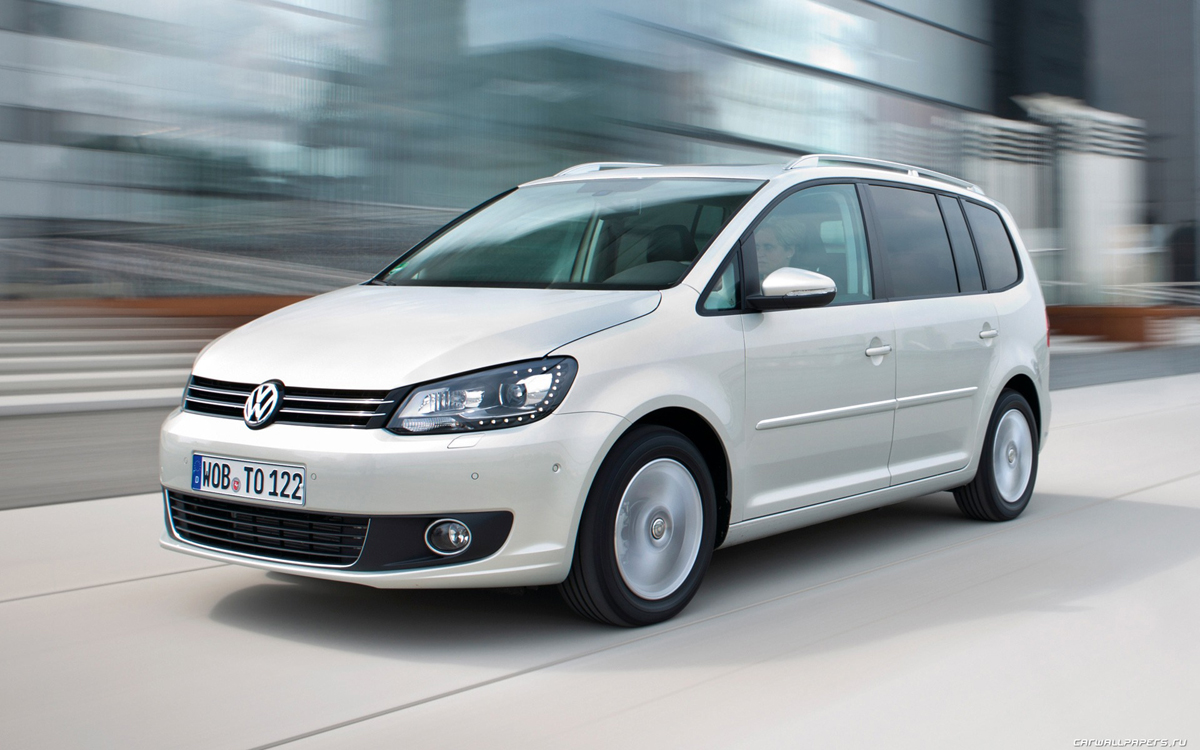 Volkswagen Touran Highline 7 Places 2 0 Tdi