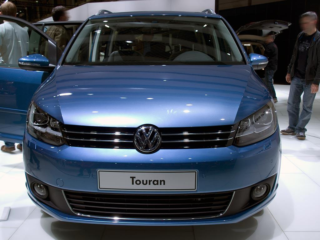 .com/voiture/cars/volkswagen-touran-highline-7-places-2-0-tdi