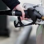 بانخفاض في ثمن جميع أسعار المواد النفطية ابتداء من الغد وهذه هي الأثمنة الجديدة